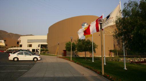 El Vaticano corrige estatutos de la Universidad Católica del Perú